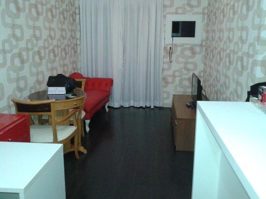 London Class Suites: Sala