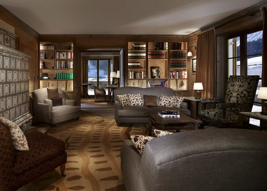 Aurelio Hotel : Bibliothek @ Aurelio Chalet / Club