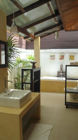 Green Papaya Resort: Salle de bain