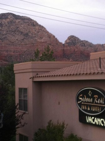 Sedona Real Inn and Suites: View outside my room....