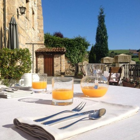 La Casa del Organista: Breakfast on the terrace