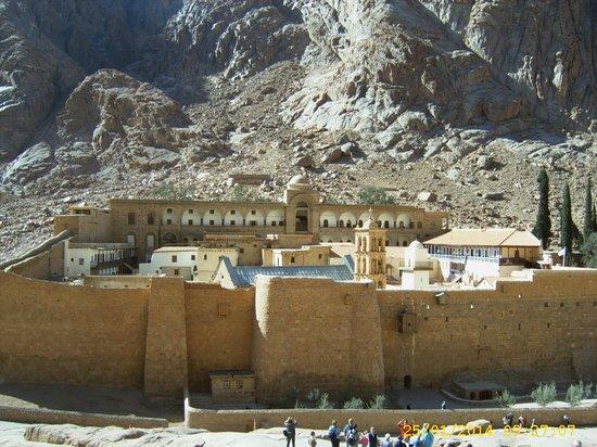 Sofitel Taba Heights: Kloster