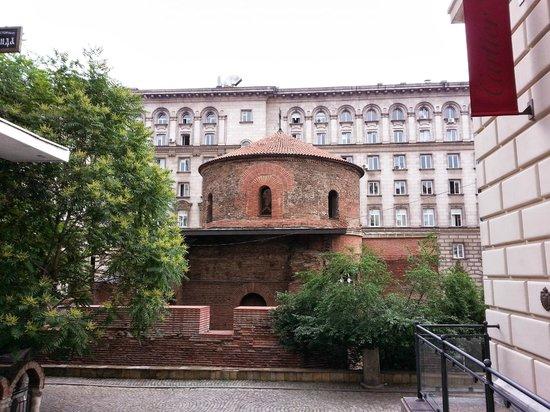 كنيسة سانت جورج، روتوندا: Rotunde des Hl. Georg, Sofia