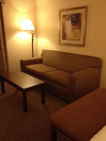 Hampton Inn & Suites West Bend: Seating Area