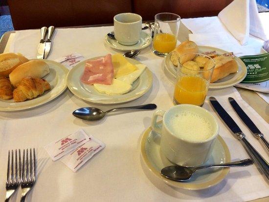Maksoud Plaza: Café da manhã