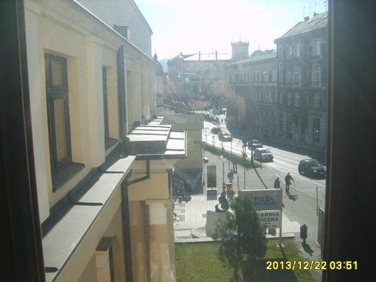 President Hotel: Вид из окна на город