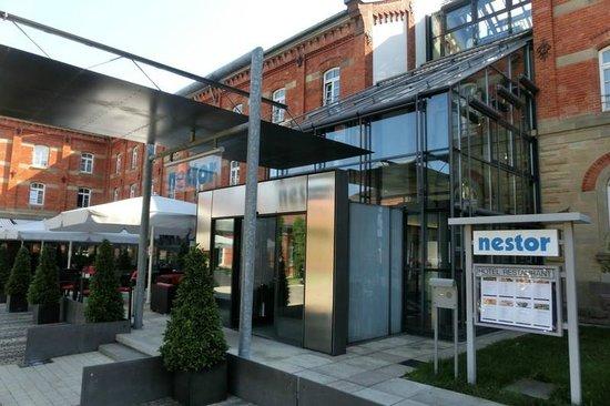 Nestor Hotel Ludwigsburg: Hotelfront