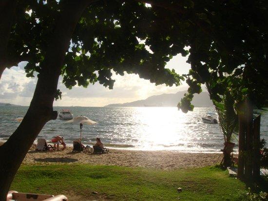 Abayomi Hotel - Serviço de praia