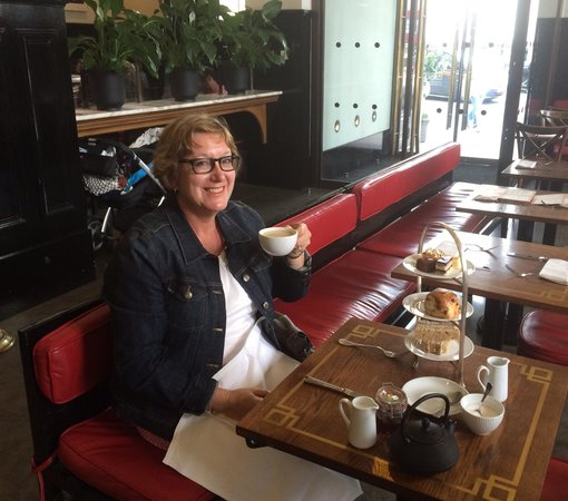 National Portrait Gallery: High Tea for One!