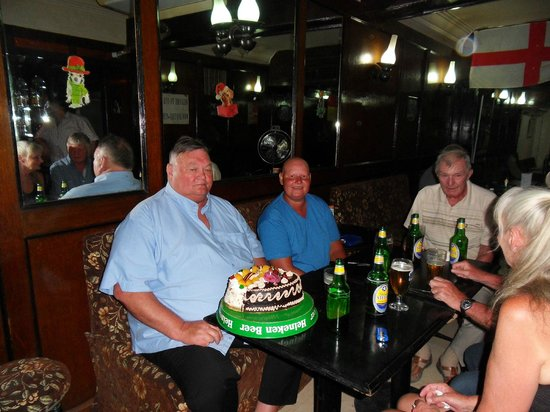 Esquire Restaurant and Bar: even a birthday cake for my buddy