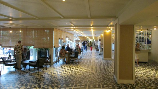 H10 Vintage Salou : Entry to Bar and Dining