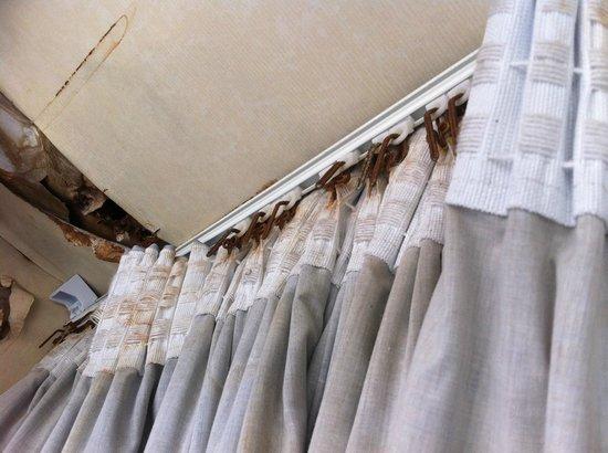 Carrington House Hotel: Brand New Curtains!!!!