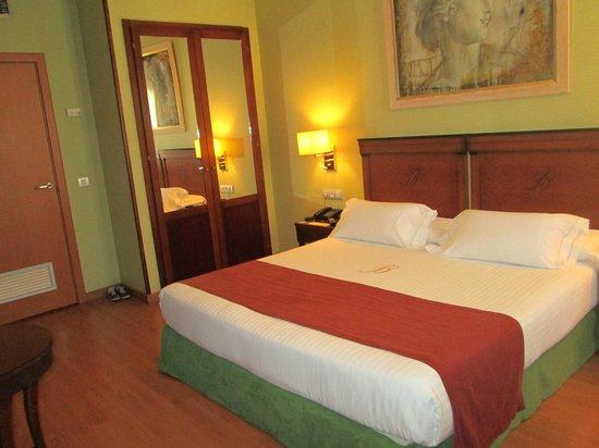 Hotel Becquer: Chambre classique