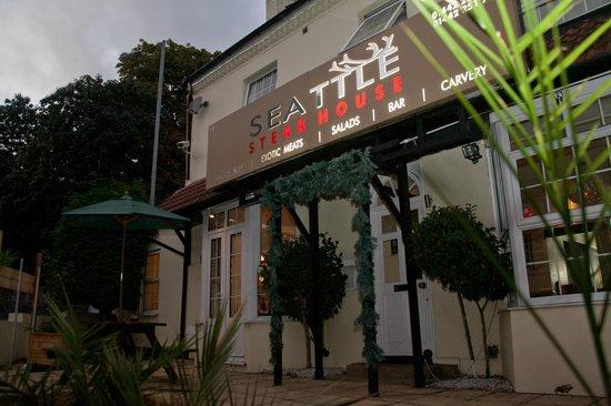 Seattle SteakHouse Restaurant: Outside Seattle Steakhouse
