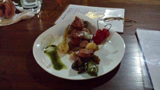Restaurante Ciudad Lounge: Veggie and Sausage Appetizer