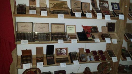 Restaurante Ciudad Lounge: Nicaraguan Cigar selection