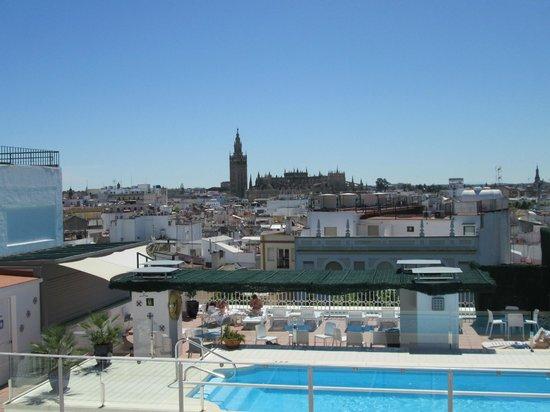 Hotel Becquer: Vue centre ville de la terrasse