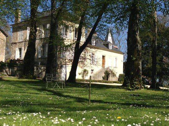 Domaine de l'Ermitage: Vue de l'extérieur
