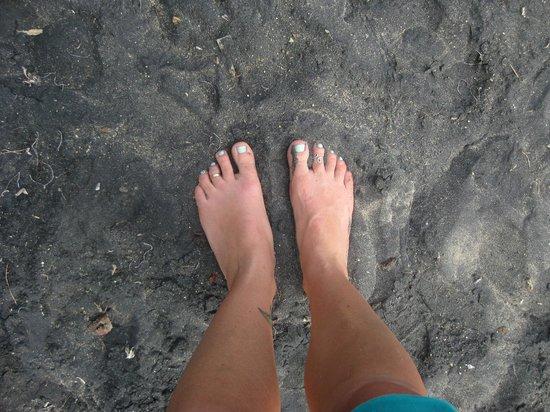 Black Sand Beach: Black sand