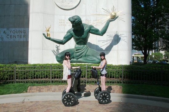 Segway Venice Tour & Rentals: Segways2U In and Around Detroit