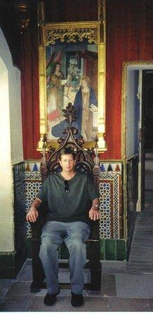 Alcázar: Impressive throne