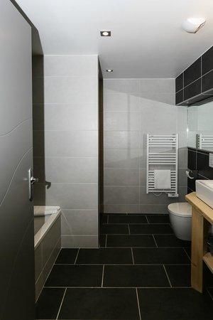 Les Olivades : salle de bain