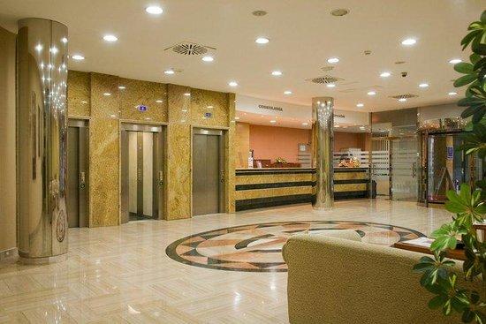 Hotel Cala Bahia: Recepción