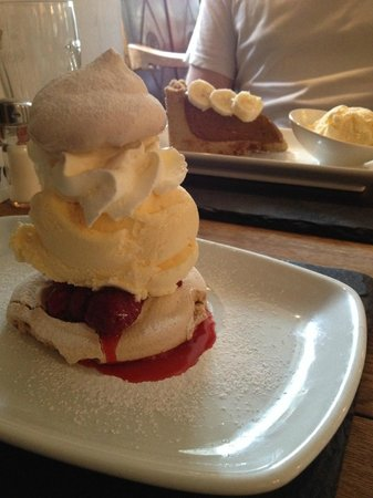 Plough Inn at Ford: Meringue with raspberries and ice cream