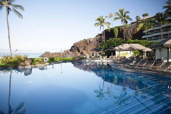 Sheraton Maui Resort & Spa : Pool/beach area