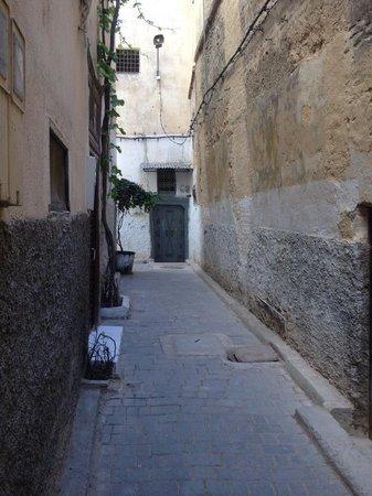 Riad Dar Guennoun: entrance