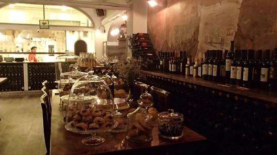 Il Ritrovo: cucina, vino e dolci