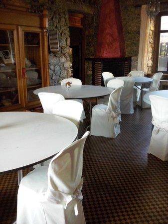 Hotel Restaurante Arimune: zona desayunos