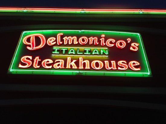 Delmonico's Italian Steakhouse : sign