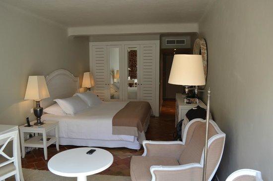 Grand Hôtel de Cala Rossa & Spa NUCCA: La chambre