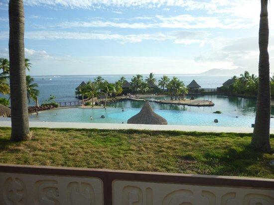 InterContinental Tahiti Resort & Spa: The view from the hotel lobby
