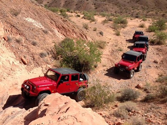 Las Vegas Rock Crawlers : A view from the canyon