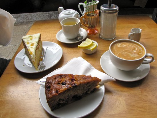 Beckett's coffee shop: untraditional sunday lunch