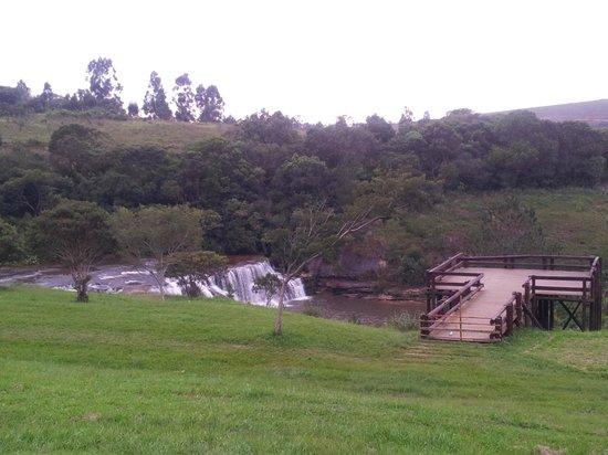Jaguariaiva, PR: Mirante + cachoeira