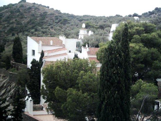 Hotel Port Lligat : La maison de Dali vue de la terrasse du restaurant