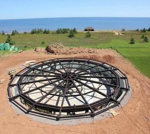 Beach House Inn Pei: AROUND THE SEA ROTATING HOUSE (North Rustico)