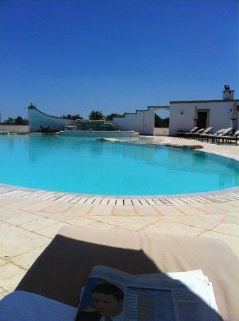 Borgobianco Resort & Spa Mgallery By Sofitel: Piscina tra i profumi della macchia mediterranea