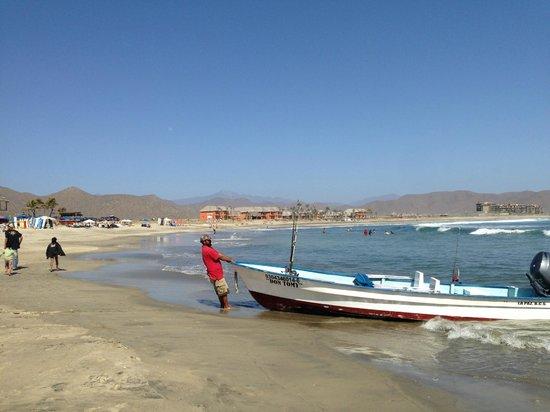 Cerritos Surf Colony : Beach view towards colony from Hacienda