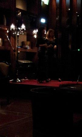 Crowne Plaza Hotel Amman: La serata al bar