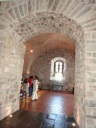 JW Marriott El Convento Cusco: View of check-in area
