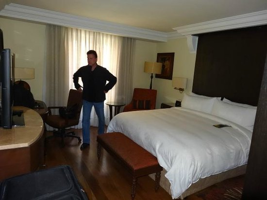 JW Marriott El Convento Cusco: King room on 1st floor