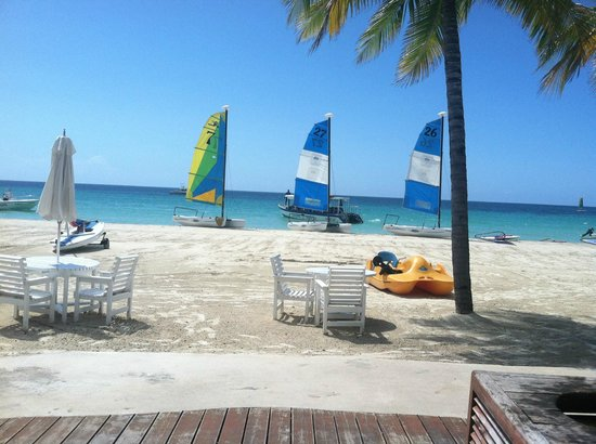 Couples Swept Away: Water sports