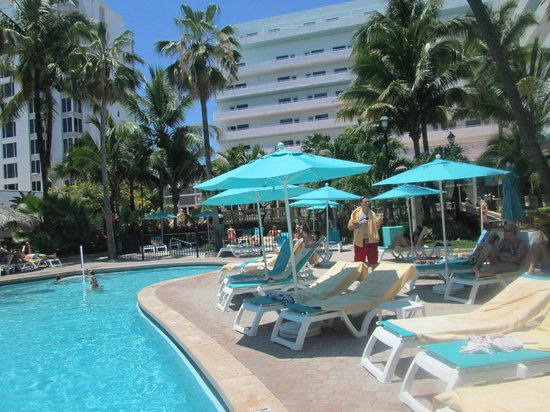 Hotel Riu Plaza Miami Beach: Piscine