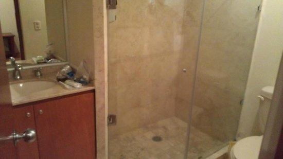 Residence L'Heritage : Bathroom