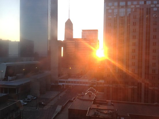 Hyatt Place Minneapolis/Downtown : Looking out of window toward center of town