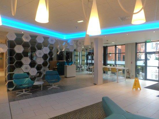 Novotel Manchester Centre : lobby